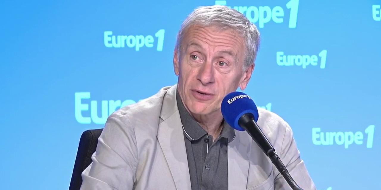 """Jean-Christophe Rufin : """"Je ne suis pas capable de parler de mon histoire, donc je passe par la fiction"""""""