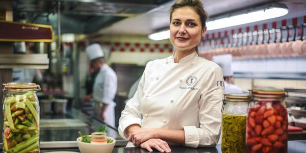 """Jessica Préalpato, une nouvelle """"meilleure pâtissière du monde"""" heureuse et """"étonnée"""""""