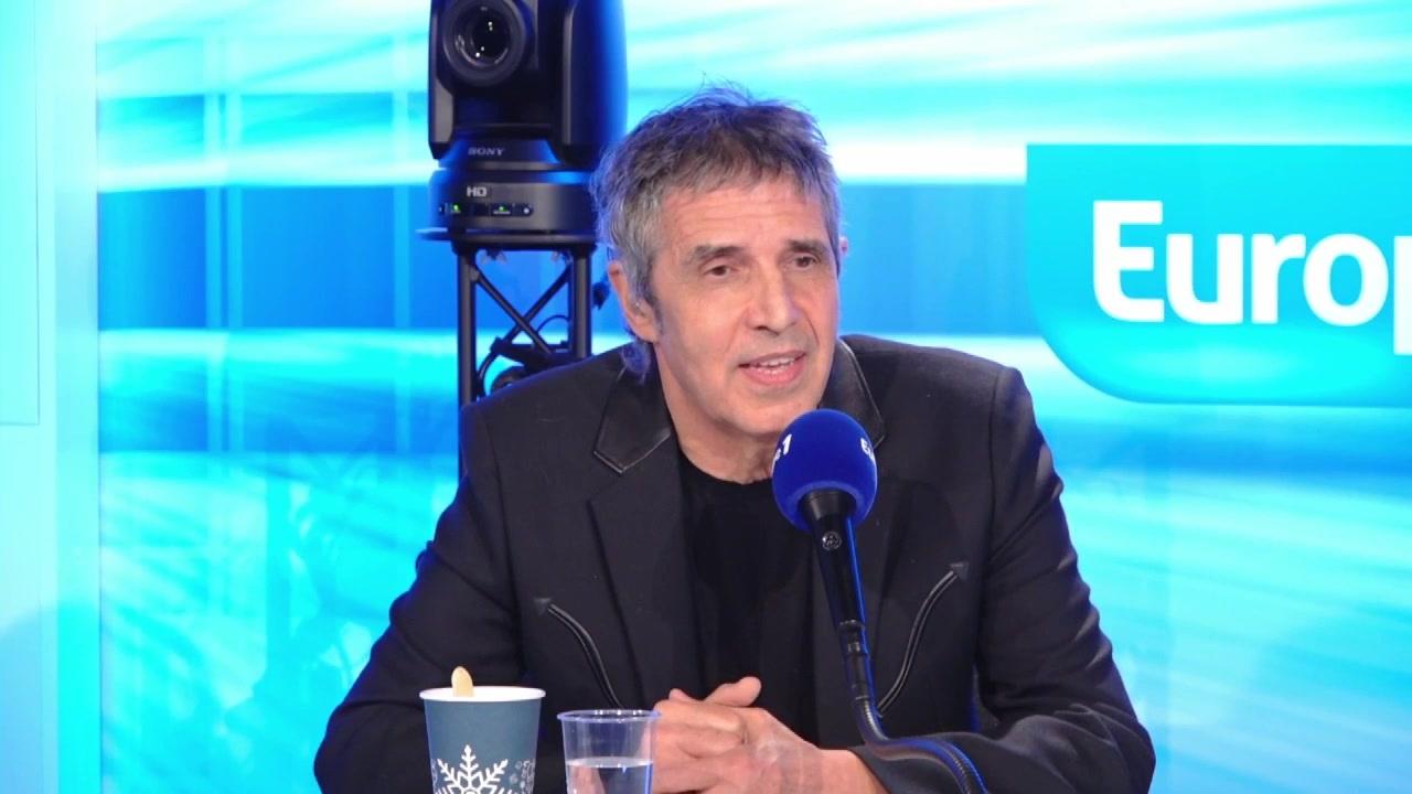"""Julien Clerc : """"J'espère que les femmes seront maintenant considérées autrement"""""""
