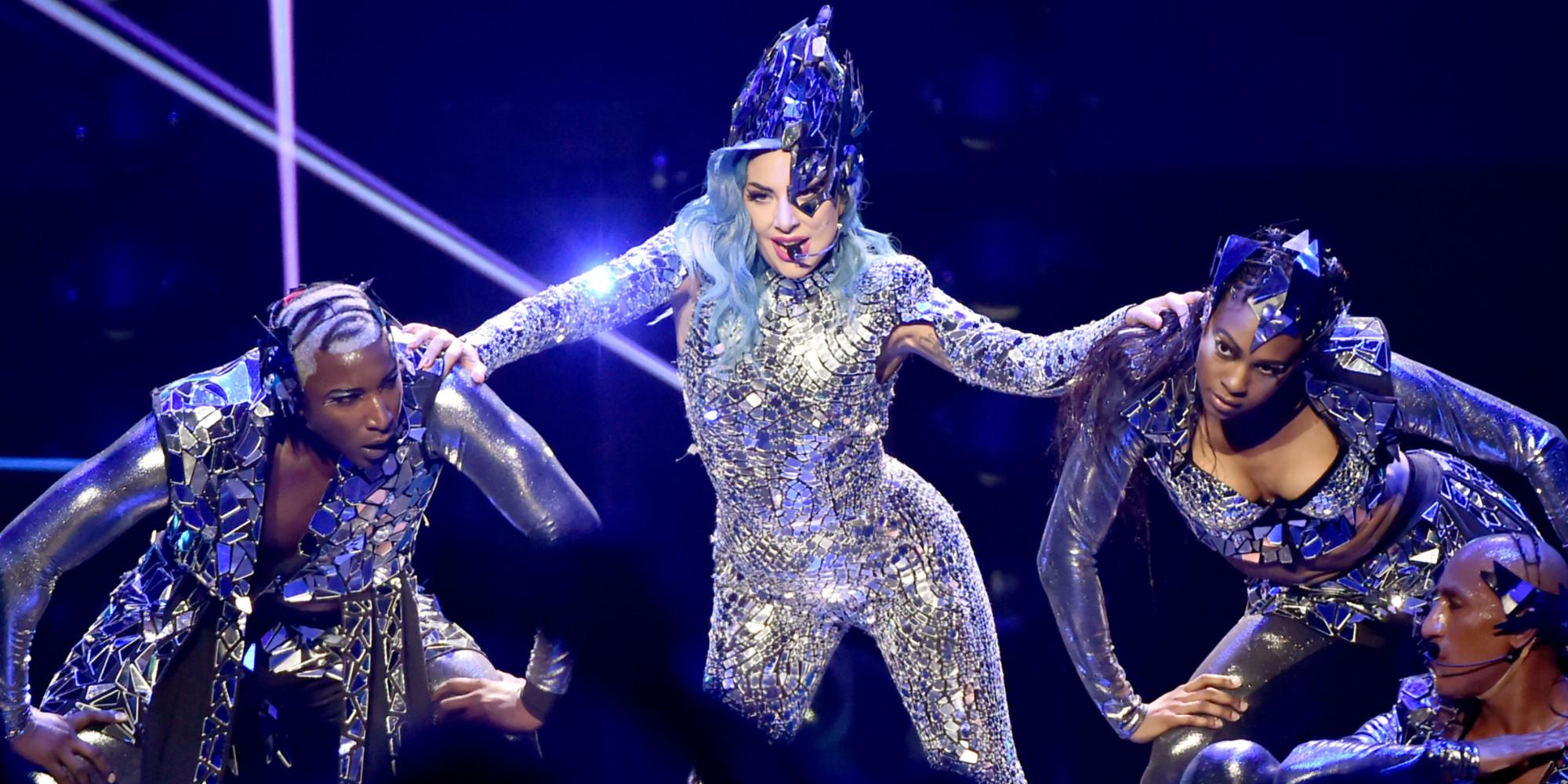 """Lady Gaga dévoile le titre """"Rain on me"""", un duo inédit avec Ariana Grande"""
