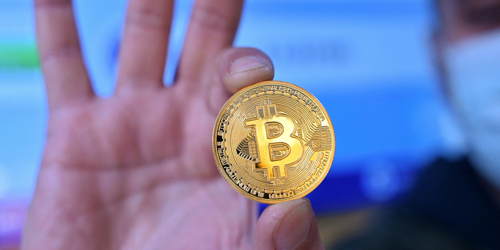ic rinkos bitcoin pasitraukimas crypto mainai euro
