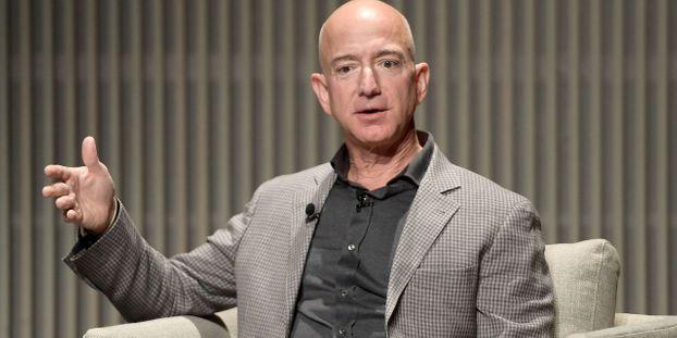 Le patron d'Amazon v...