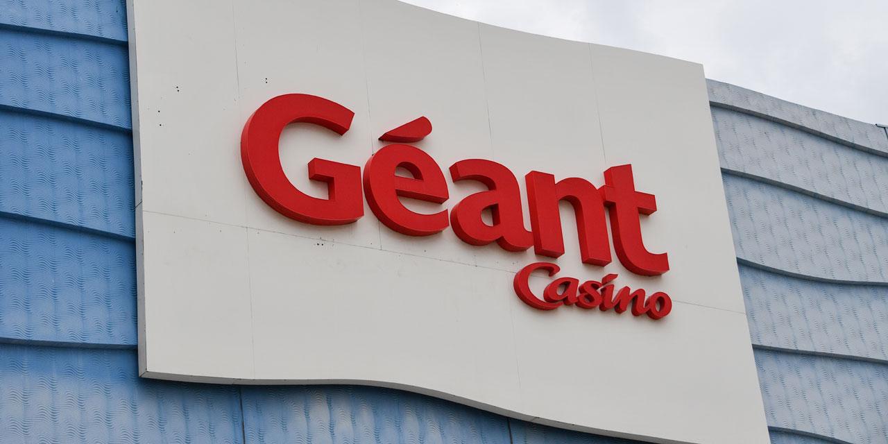 """Un premier hypermarché Casino sans personnel : """"Le risque, c'est qu'ils le généralisent"""", craignent les..."""