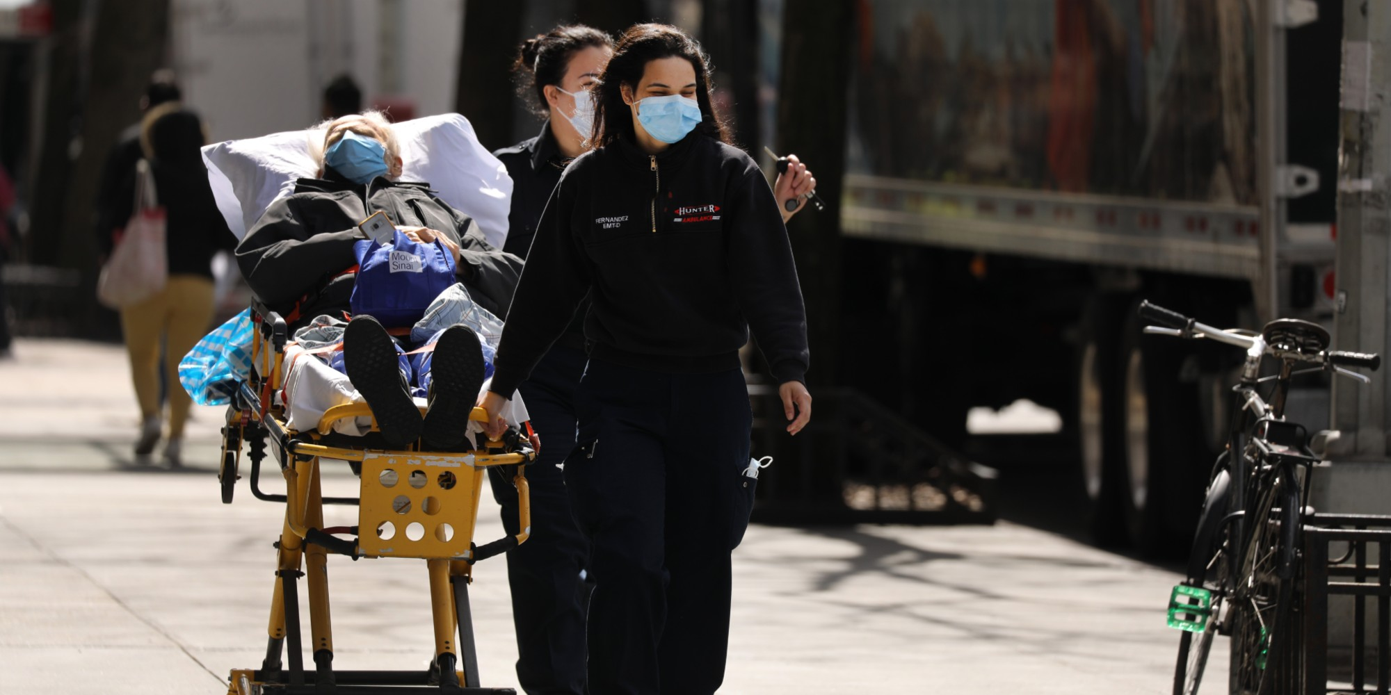 Coronavirus : plus de 5.000 morts aux Etats-Unis
