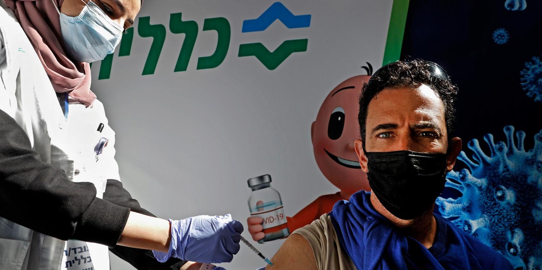 Israël, champion paradoxal et divisé de la vaccination contre le coronavirus - Europe 1