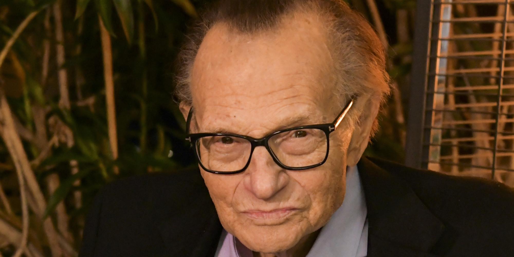 Le célèbre journaliste de télévision américain Larry King est mort à 87 ans