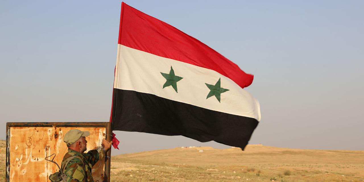 Le régime hisse le drapeau syrien à la lisière du Golan occupé par Israël