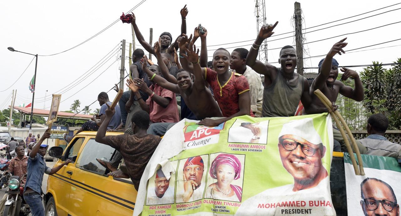 Le Nigeria décide à la dernière minute de reporter son élection présidentielle