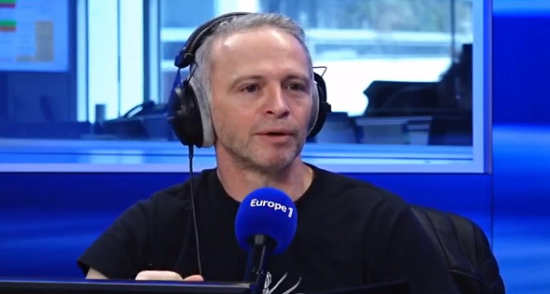 """""""L'émission s'est détendue"""" : comment Samuel Etienne a sauvé Questions pour un champion ?"""