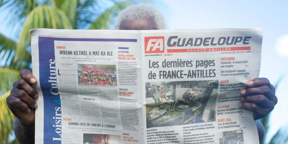 """L'activité de """"France-Antilles"""" prolongée pour permettre une offre de reprise de Xavier Niel"""