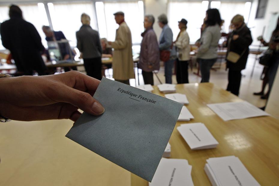 Bureaux de vote: pas de fermeture unique à 20h