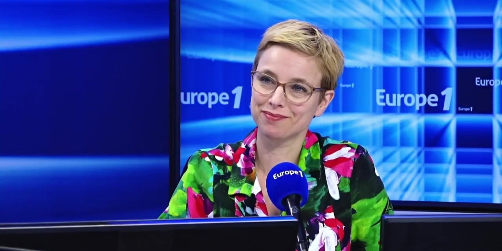 """Clémentine Autain : """"Valérie Pécresse marche dans les pas de l'extrême droite"""""""