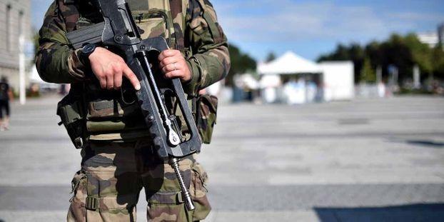 """Général Richoufftz, signataire de la tribune des militaires : """"On est en guérilla urbaine et je ne m'y habitue pas"""""""