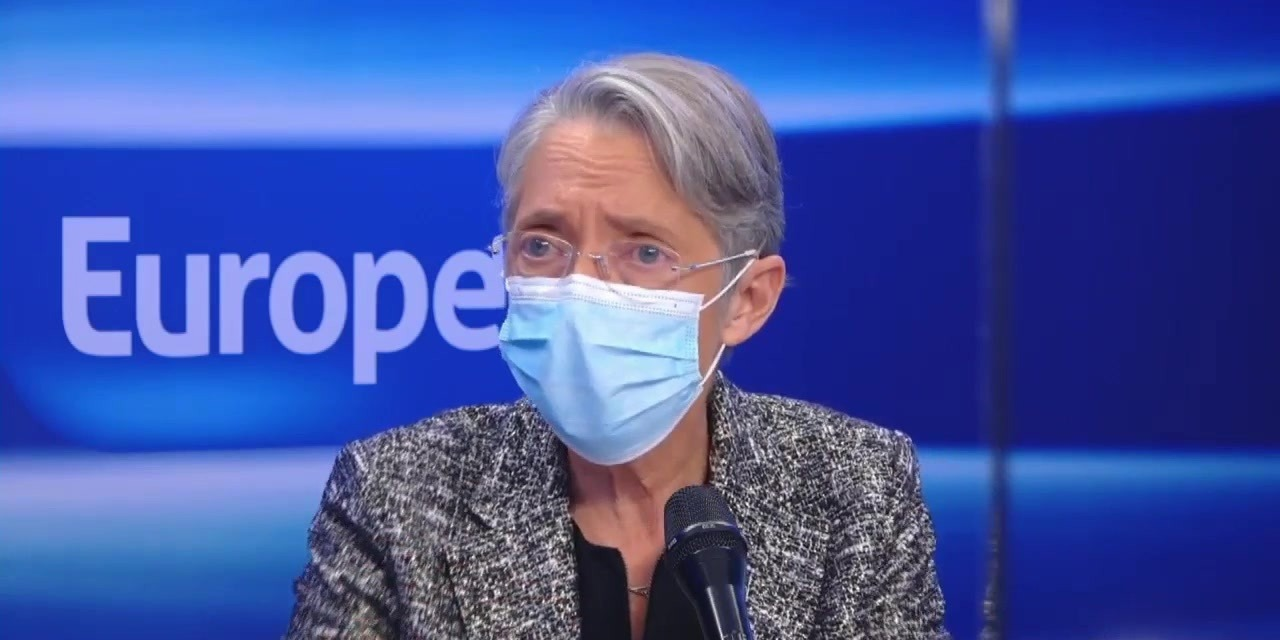 """""""Ne pas respecter une obligation de vaccination est une faute"""", avertit Élisabeth Borne"""