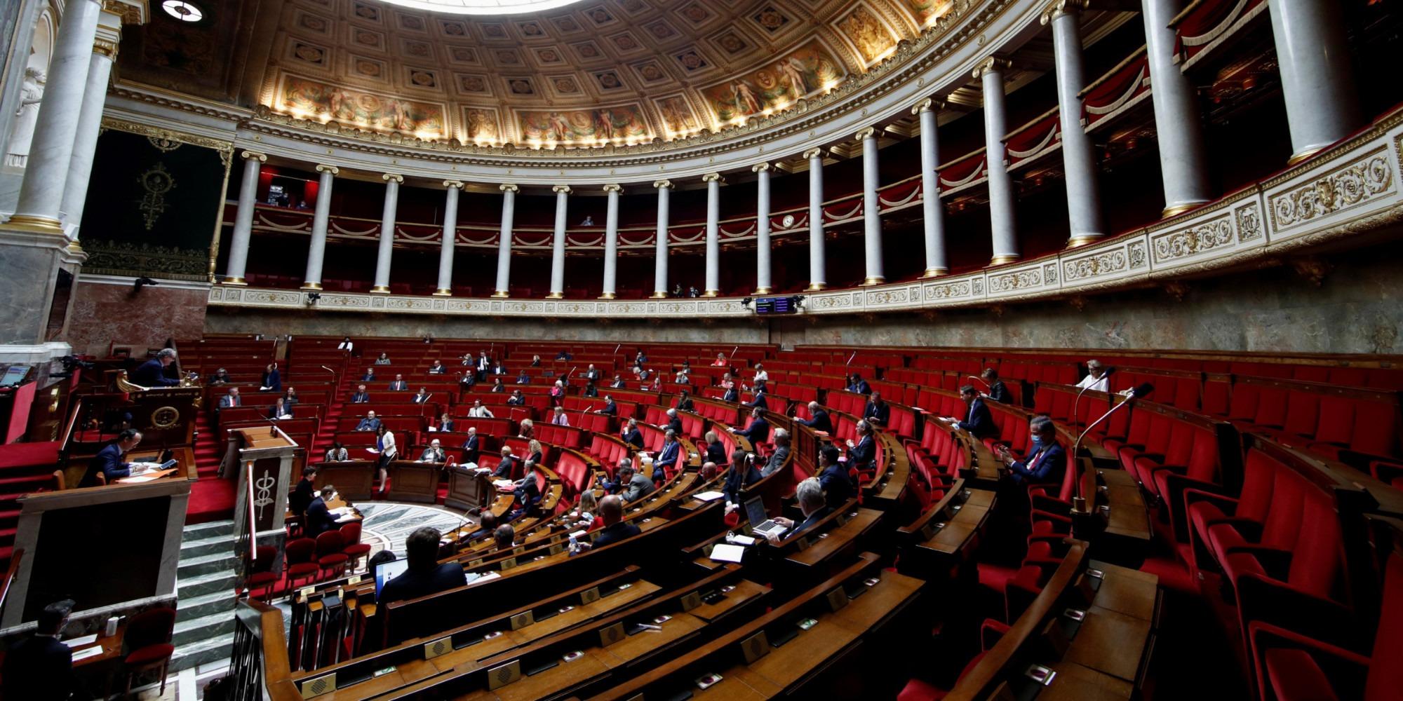 Contraception : l'Assemblée adopte la prise en charge intégrale pour les femmes de 18-25 ans