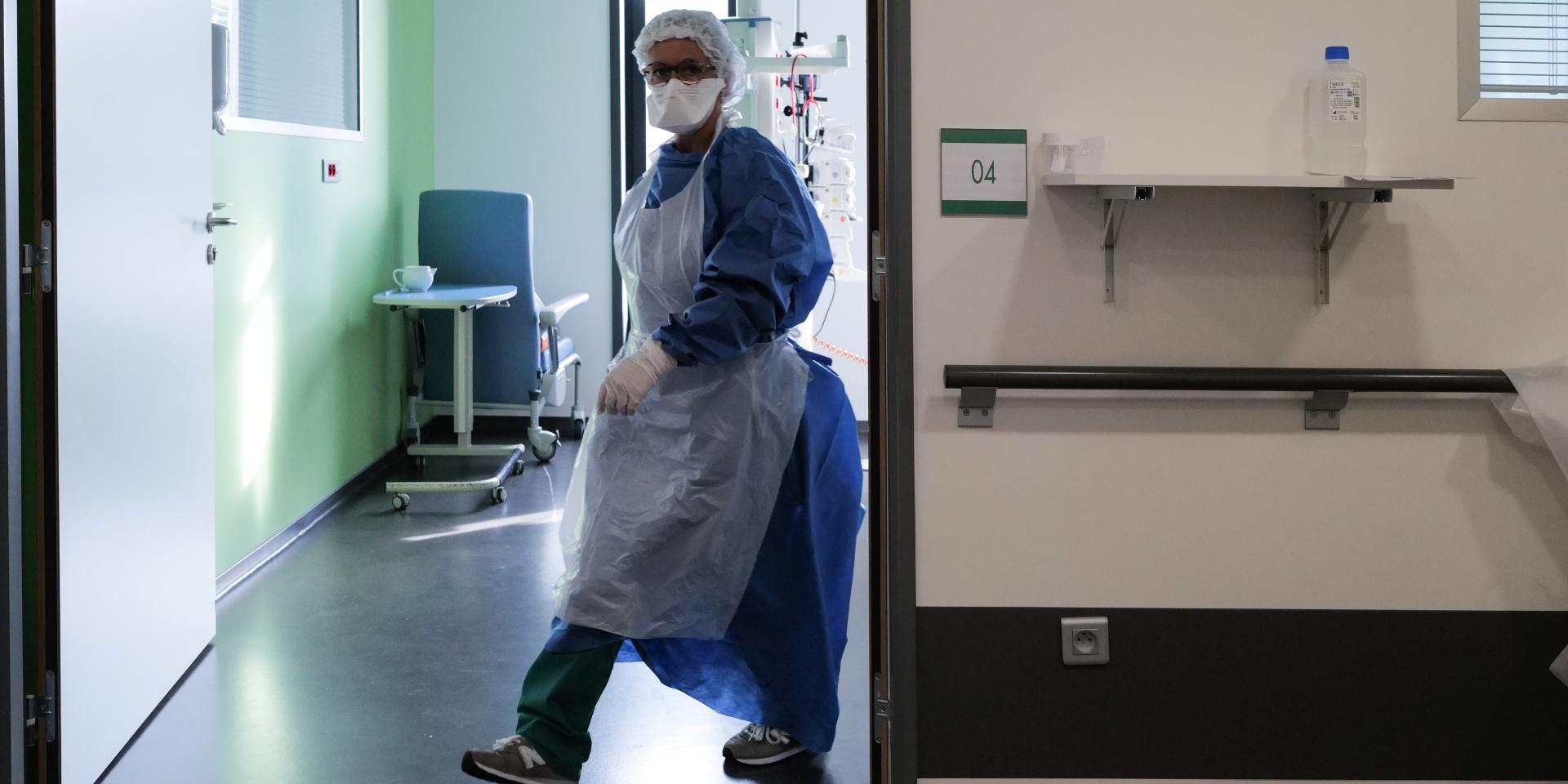"""Covid : son hôpital est submergé par un cluster, Dieppe réclame des """"renforts humains"""""""