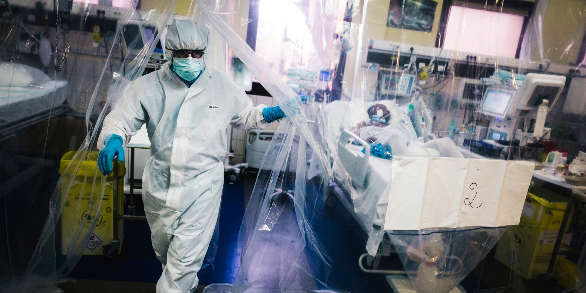 Coronavirus : 73.049 morts, plus de 26.000 hospitalisations