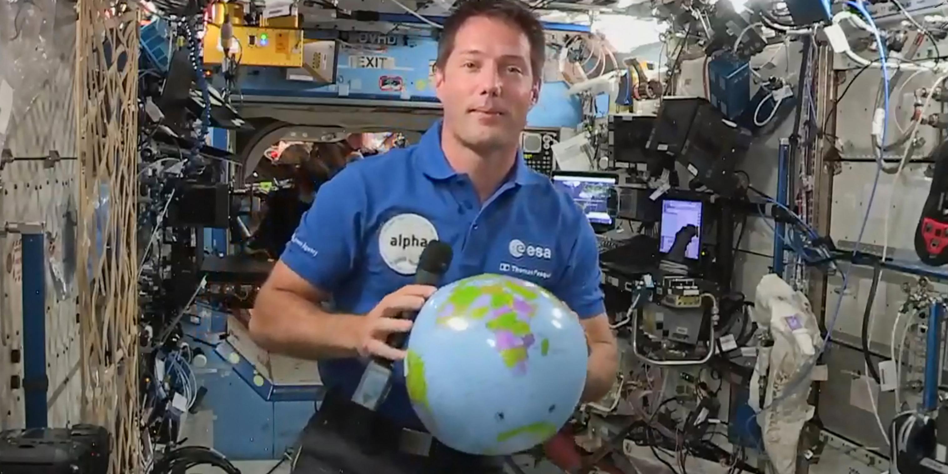 """Thomas Pesquet a retrouvé sa """"deuxième maison"""" sur la Station spatiale internationale"""