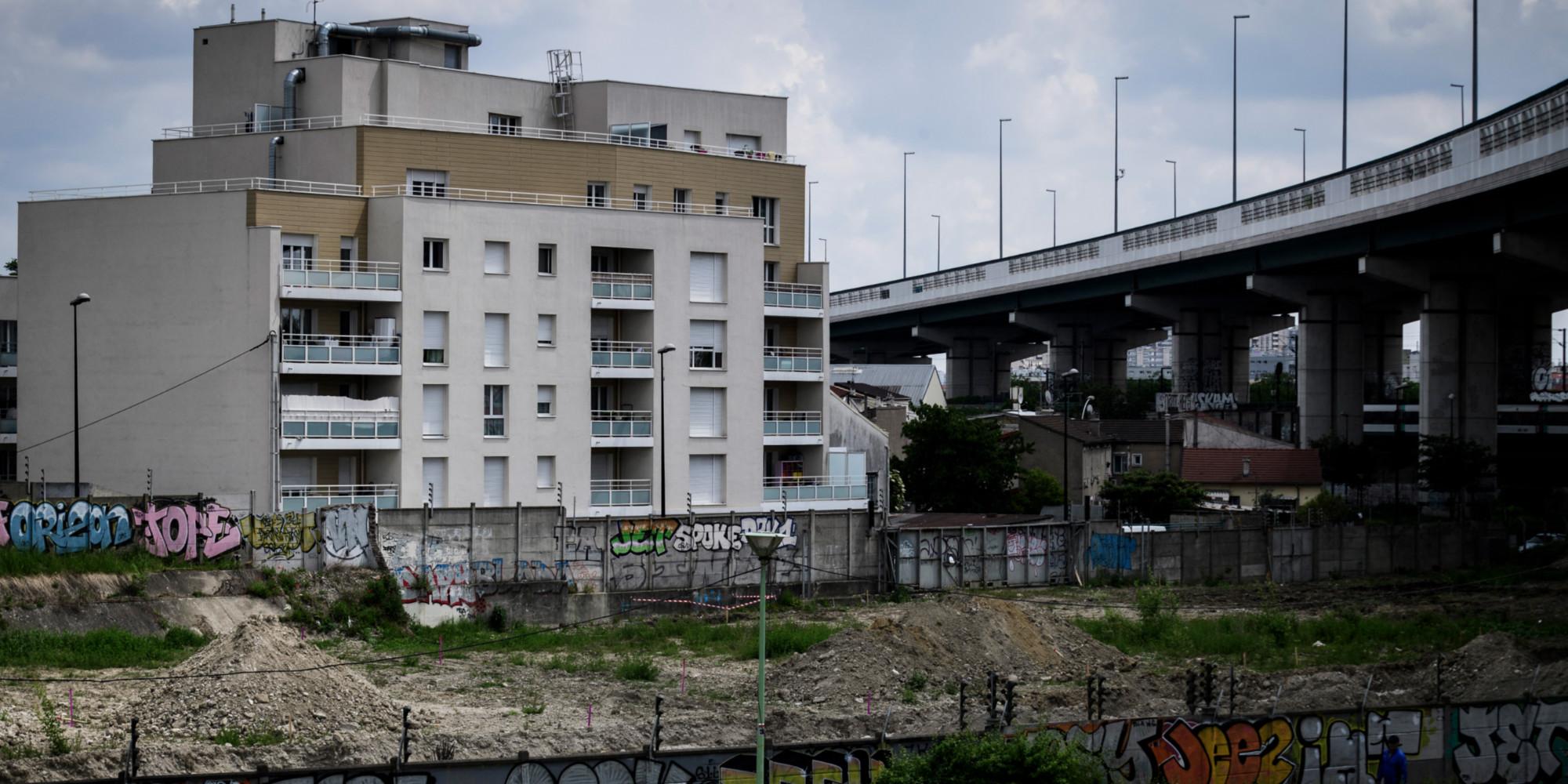 À Aubervilliers, une société privée aide à assurer la sécurité dans un quartier