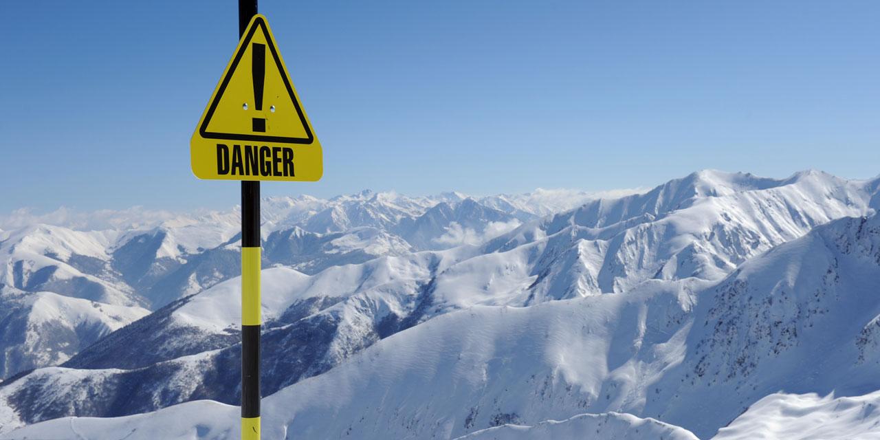 Deux skieurs de randonnée décèdent dans des avalanches dans les Alpes