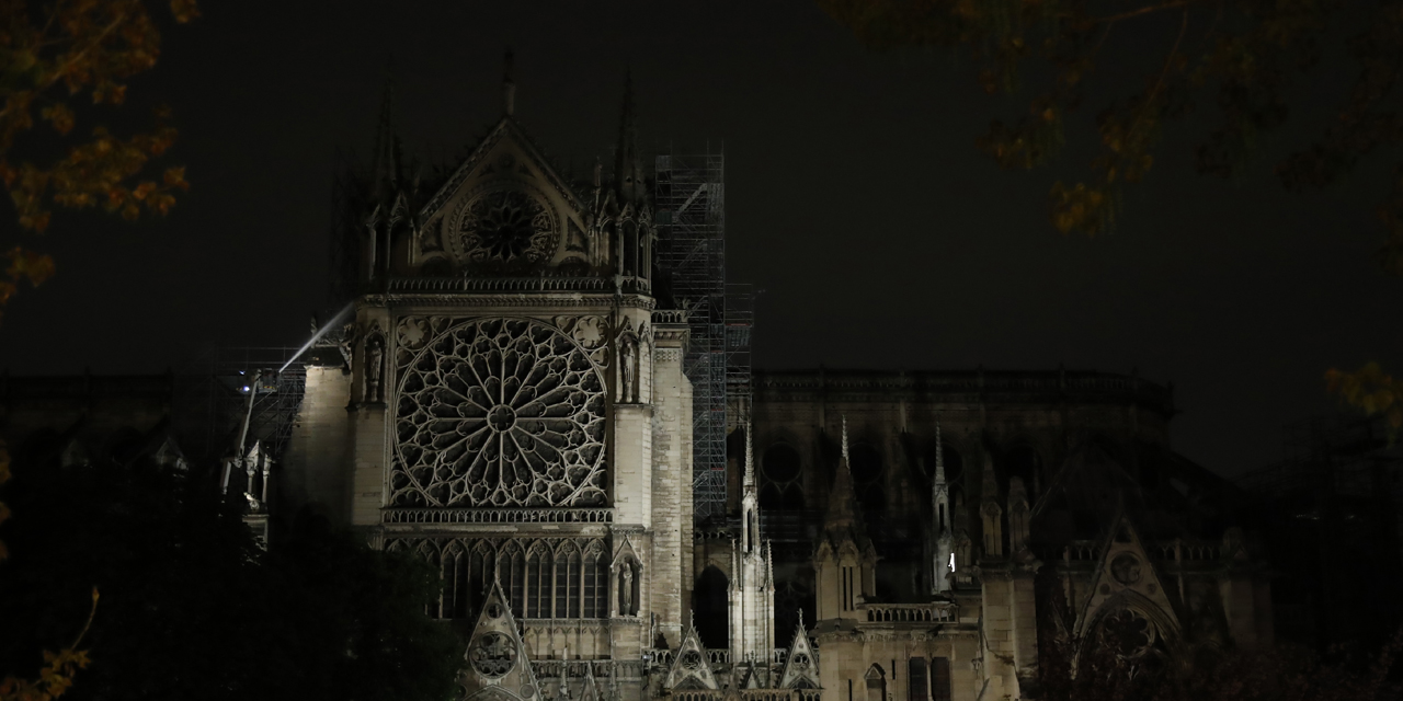 Fire In Notre Dame De Paris The Press Expresses Its Sideratization And Is Already Thinking About Reconstruction Teller Report
