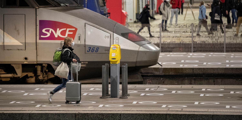 INFO EUROPE 1 - Confinement : boom des ventes de billets SNCF jeudi au départ de Paris