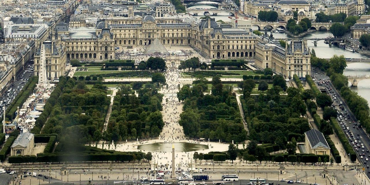 La préfecture de police et le Louvre organisent mardi matin un ...