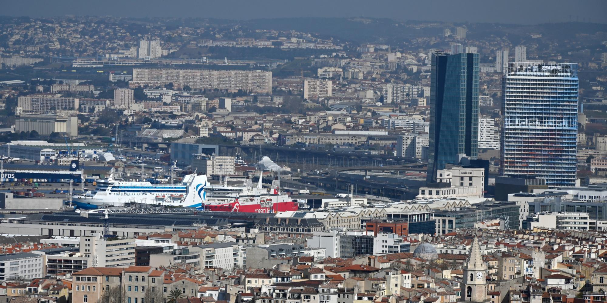 Marseille : quatre gardes à vue dans l'enquête sur les procurations dans le secteur de Samia Ghali