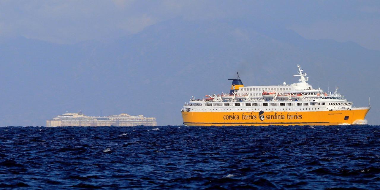 Meteo Un Ferry Avec 163 Passagers Entre Au Port De Bastia Apres