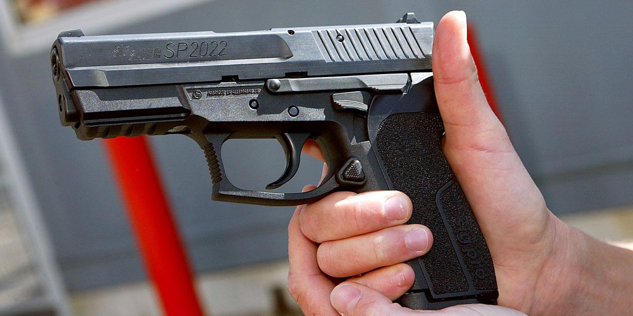 Pistolet pour policiers