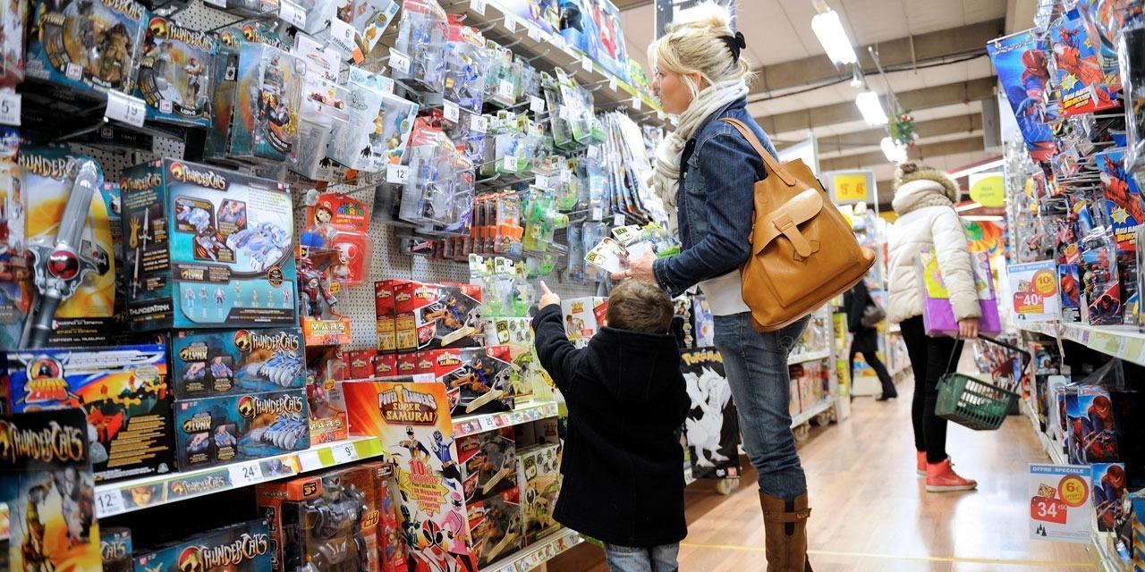 Réouverture des magasins : dans le calme, les clients sont au rendez-vous