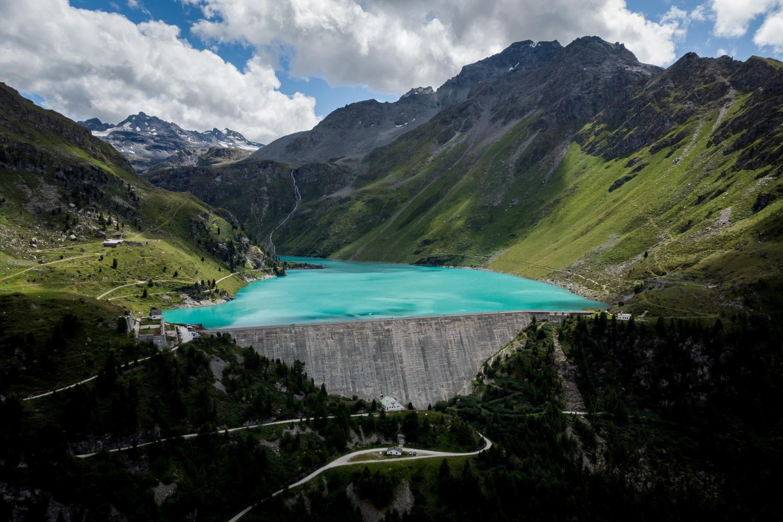 Se baigner près des barrages, une pratique à risque appréciée des vacanciers