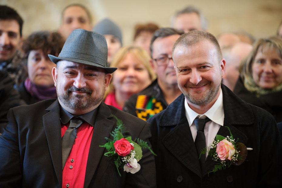 gay rencontre ile de france à Angoulême