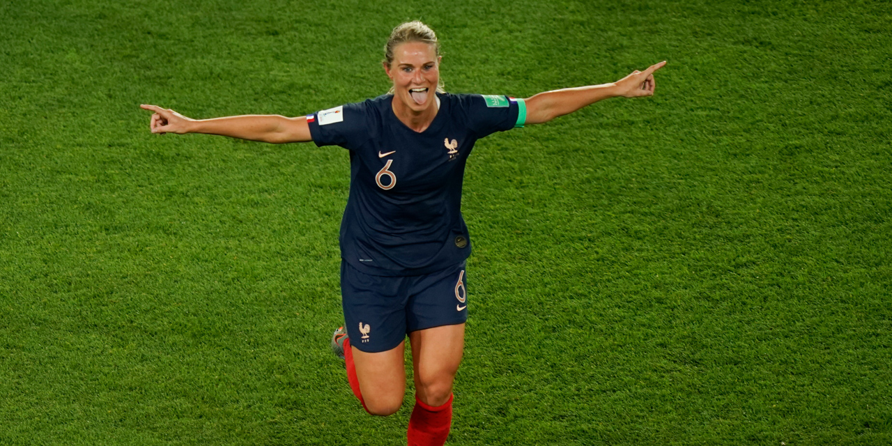 United States France In The Field There Will Be No Gifts To Be Made Warns Amandine Henry Teller Report