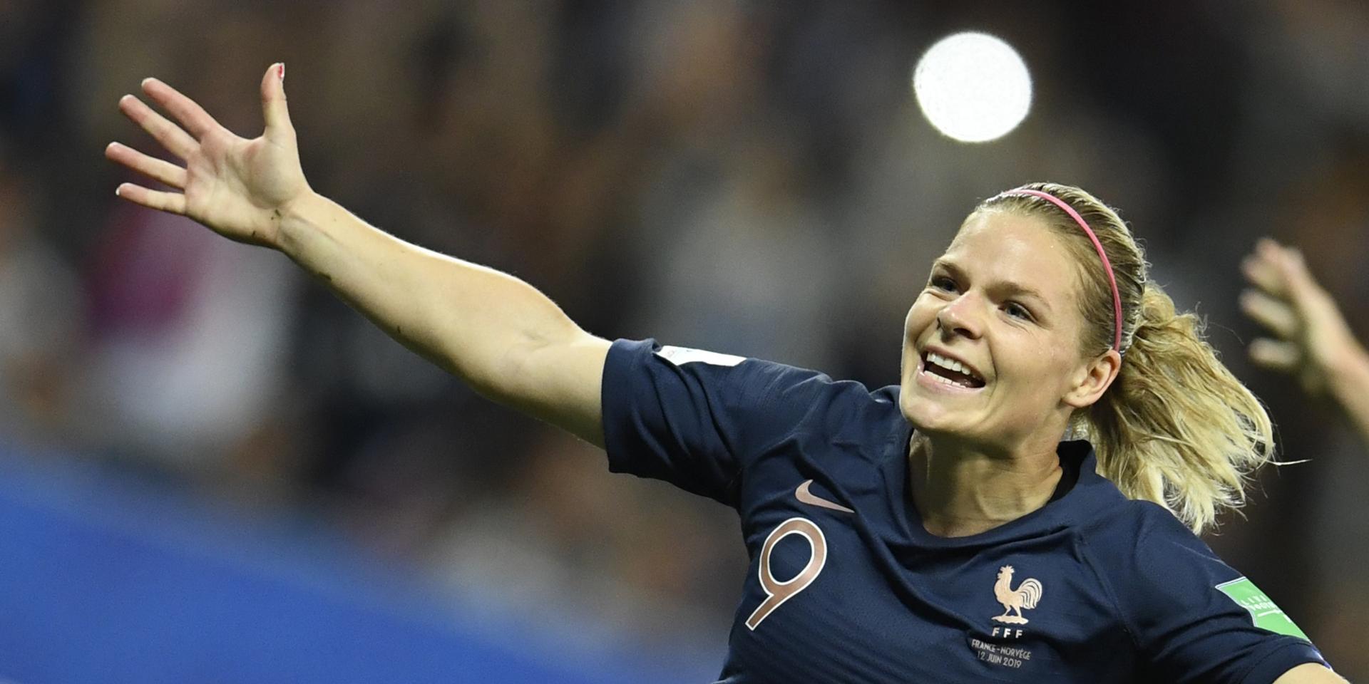 Football : Eugénie Le Sommer devient la meilleure buteuse de l'histoire des Bleues