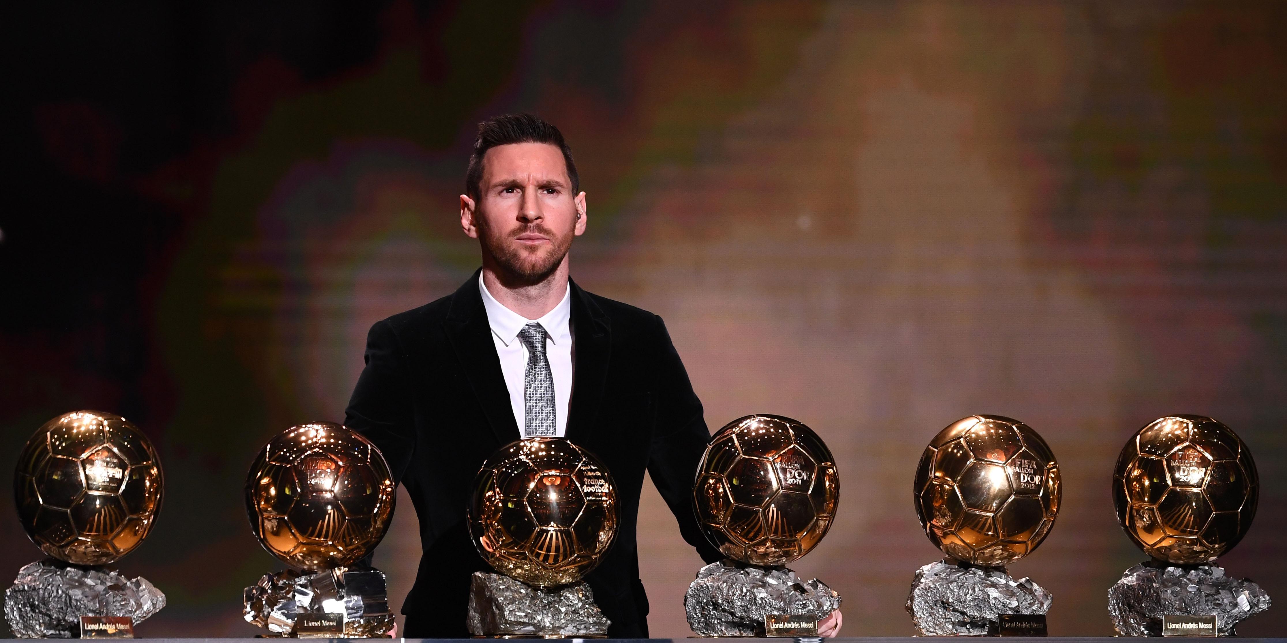 Football : l'Argentin Lionel Messi remporte son 6ème ballon d'or, un record