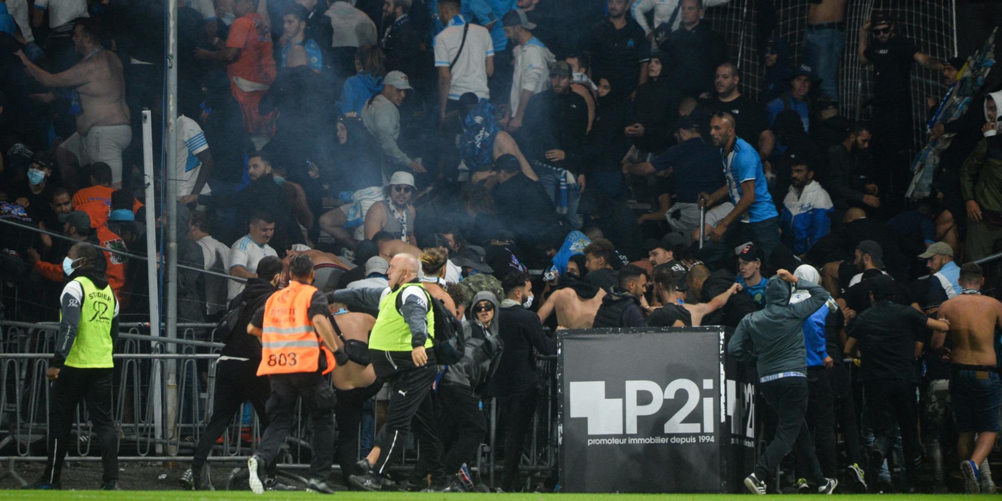 """Violences dans les stades : un """"problème de radicalisation"""" des supporters ?"""