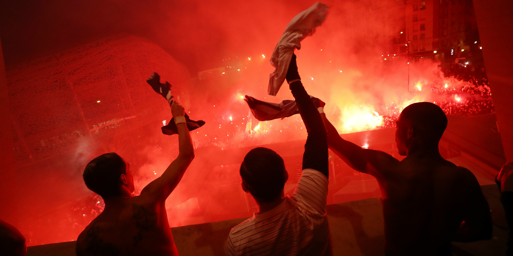 "PSG-Dortmund : hors du stade, l'extase des supporters, ""comblés"""