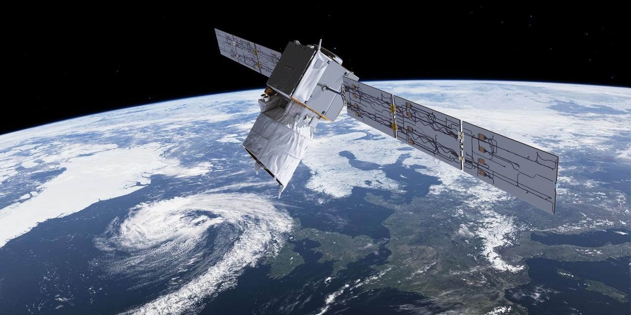 Attaques fictives et satellites ennemis : premier exercice français de défense spatiale